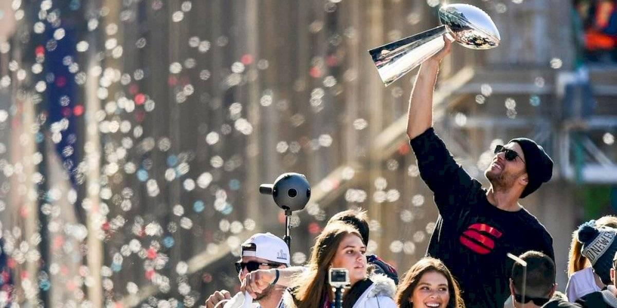 Tom Brady firma extensión de contrato con los Patriots hasta 2021