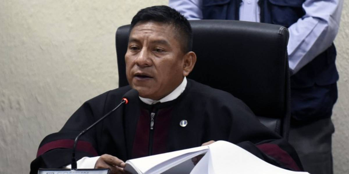 Juez Pablo Xitumul da detalles de la agresión en su contra