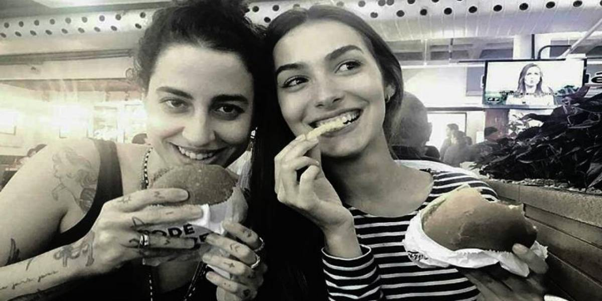 Marina Moschen desmente boato sobre namoro com figurinista e questiona: 'E se fosse verdade?'
