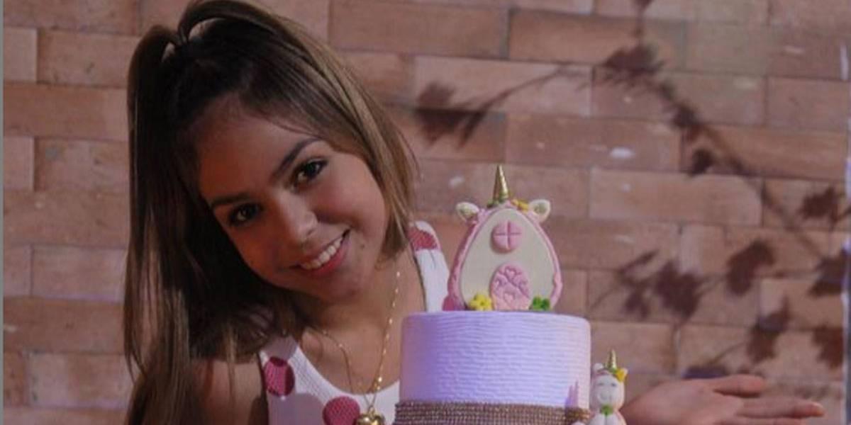 Melody volta ao Instagram com visual repaginado para comemorar seus 12 anos