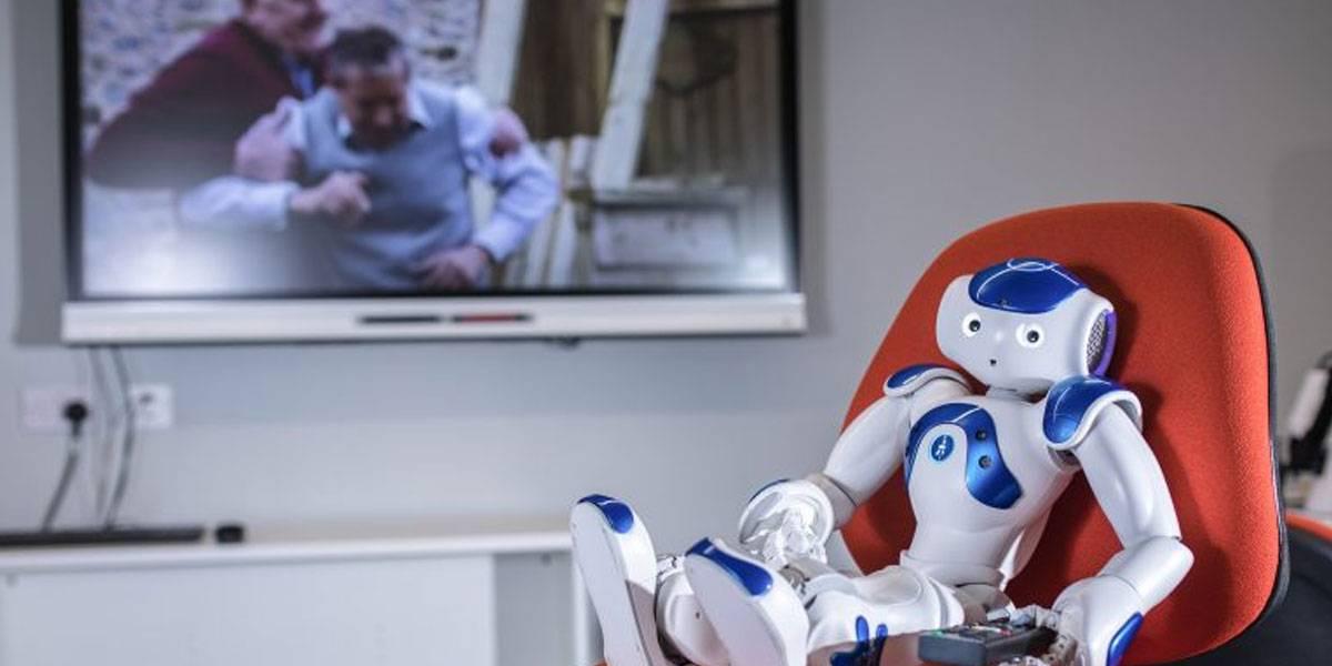 Robot es obligado a ver Friends y telenovelas para entender la depresión