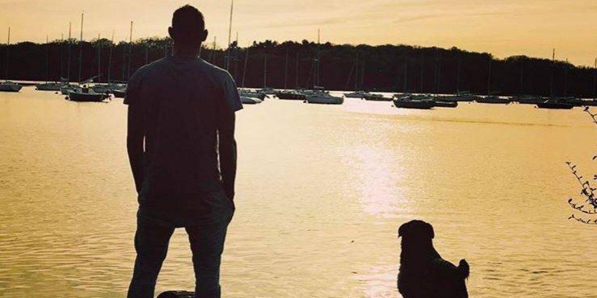 Se me rompió el corazón: Nala, la perrita de Emiliano Sala, aún lo espera en Francia