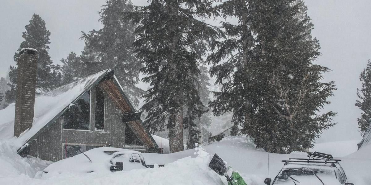 Ciudades templadas de EE.UU. no se salvan de tormenta invernal