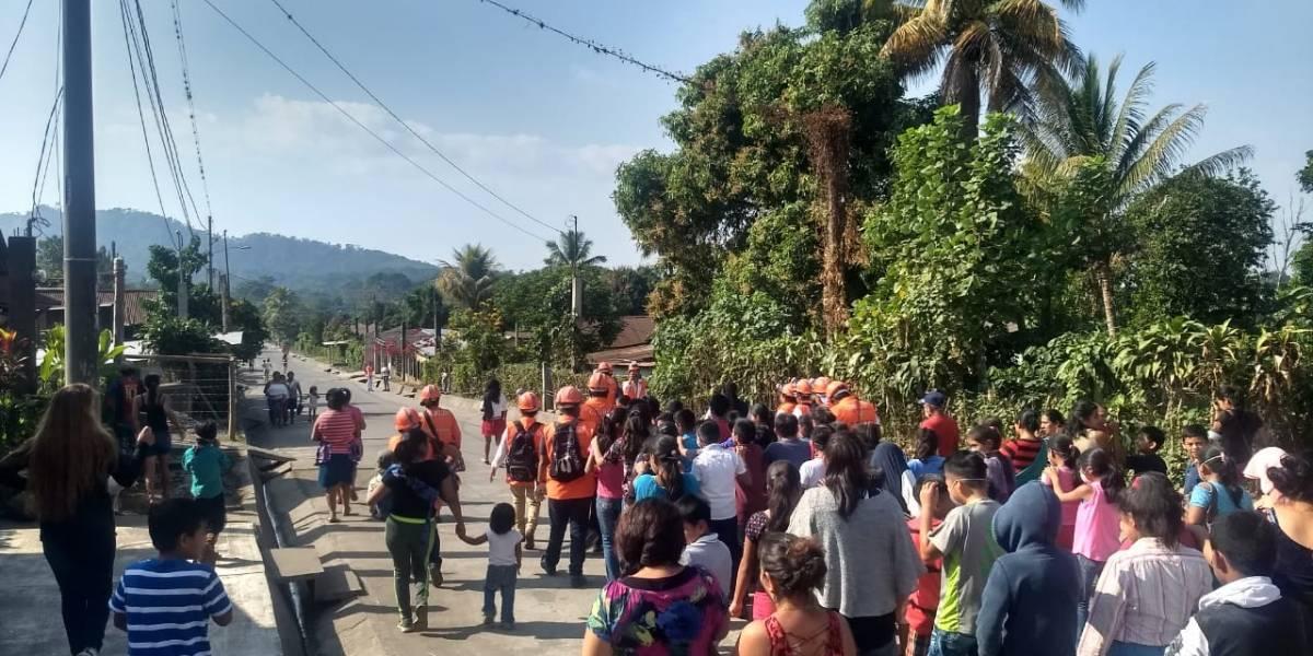 Realizan simulacro por erupción volcánica en comunidades de Escuintla