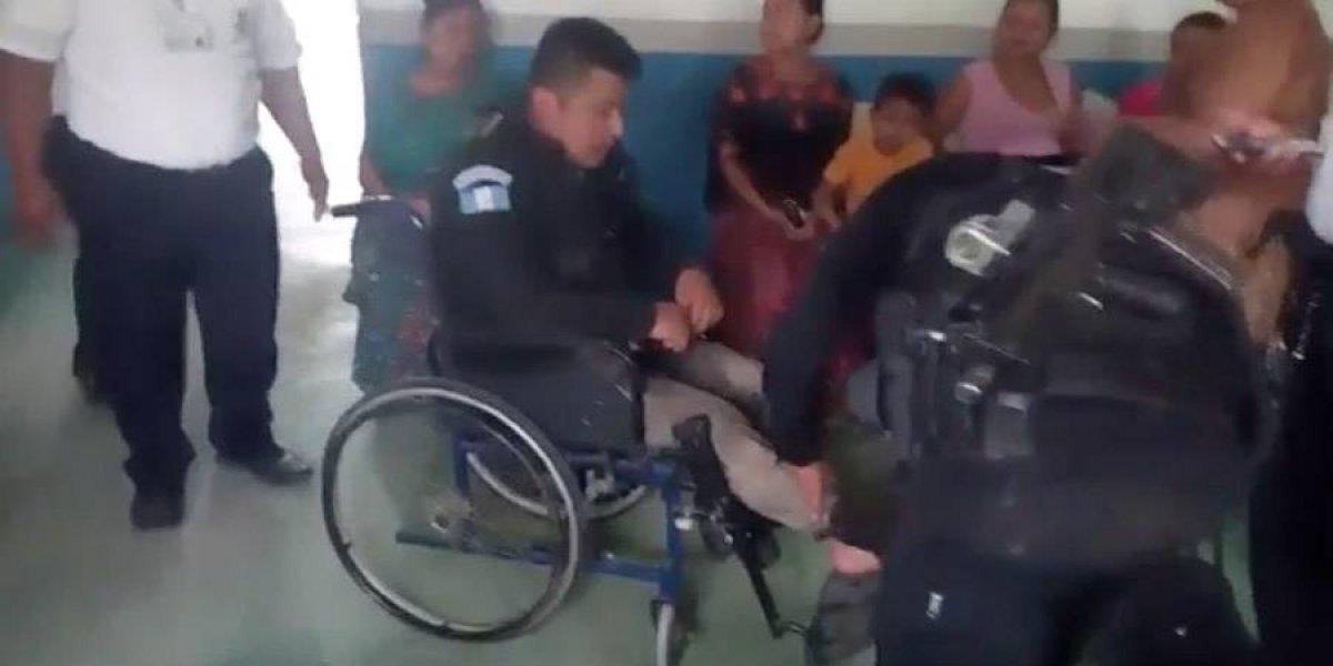 VIDEO. Pobladores de Senahú retienen a fiscales y policías