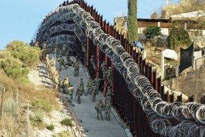 Alambre de púas en la frontera México-EU