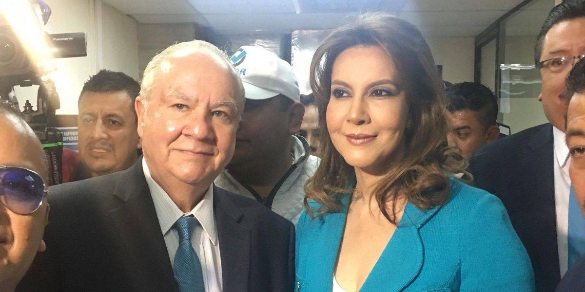 Zury Ríos anuncia batalla legal para competir por la Presidencia
