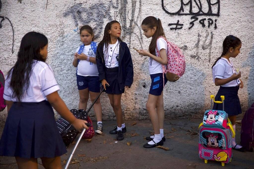 Estudiantes de nivel básico en Brasil