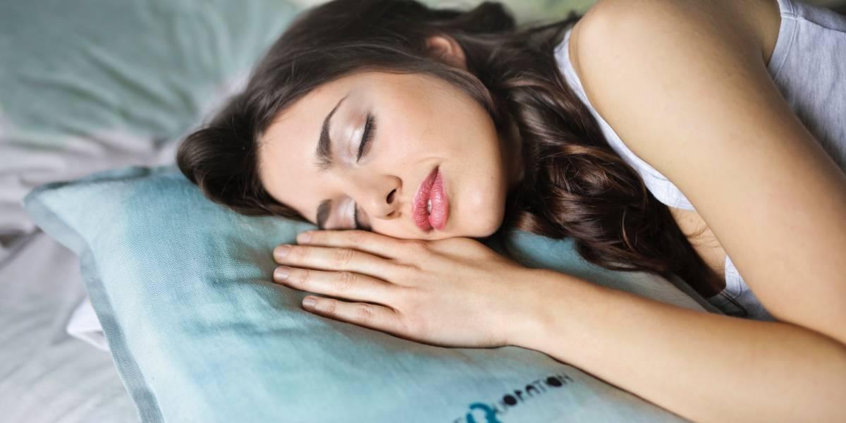 ¡El trabajo soñado! Se ofrece empleo como probador de almohadas por 1.200 euros al mes