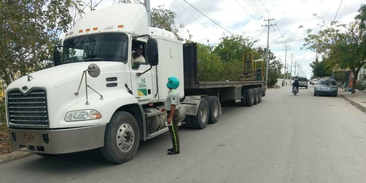 Digesett multa 83 vehículos pesados por incumplir norma de circulación