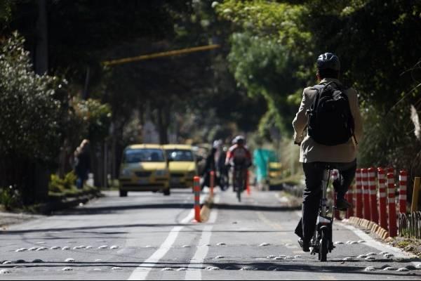 Los vehículos que sí podrán circular durante el día sin carro y sin moto en Bogotá