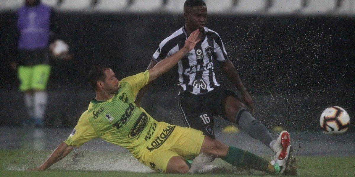 Botafogo de Valencia superó agónicamente a Defensa y Justicia