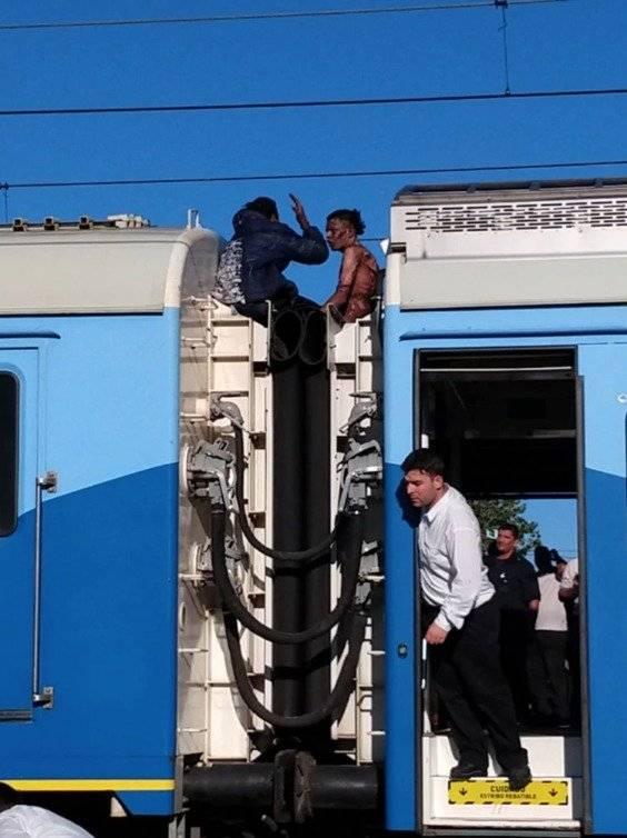Jovenes se electrocutaron en tren de Buenos Aires