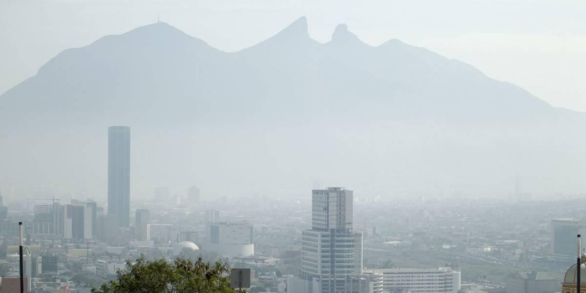 Decretan alerta ambiental por contaminación en Monterrey