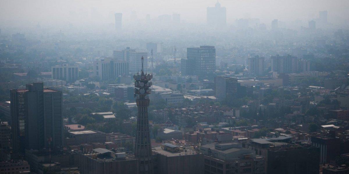 Al menos 50 incendios afectan la calidad del aire en Valle de México