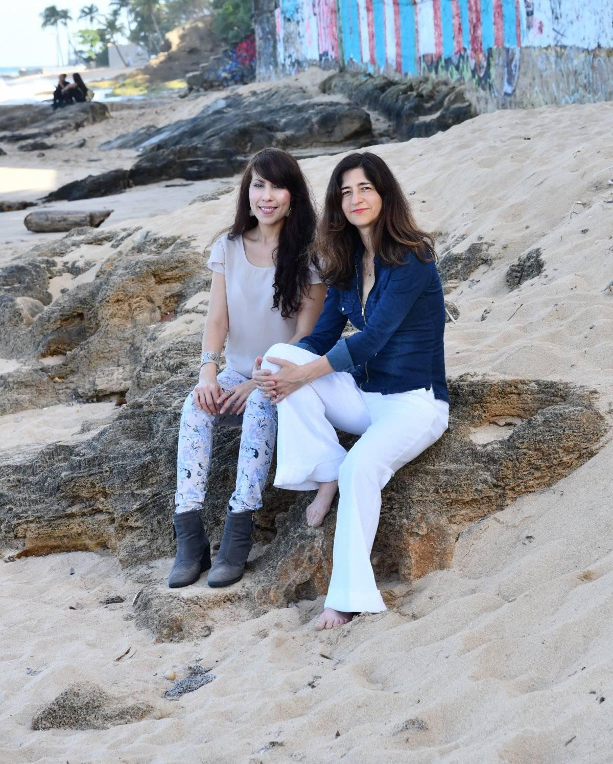 De izquierda derecha, las artistas Sarabel Santos y Frances Negrón / Suministrada