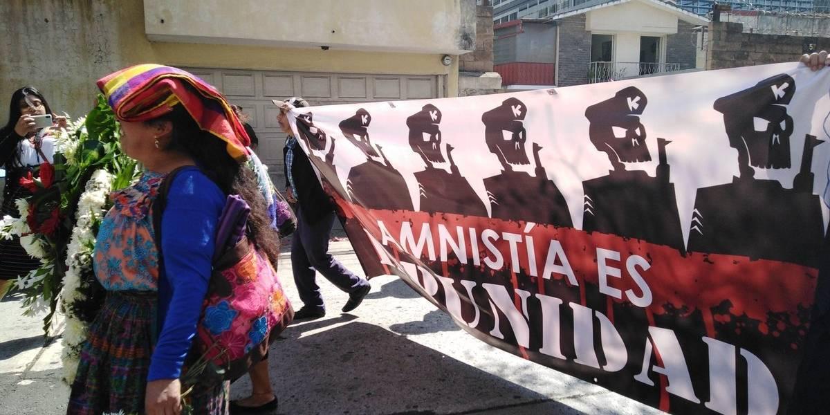 Víctimas de la dictadura argentina piden frenar amnistía en Guatemala