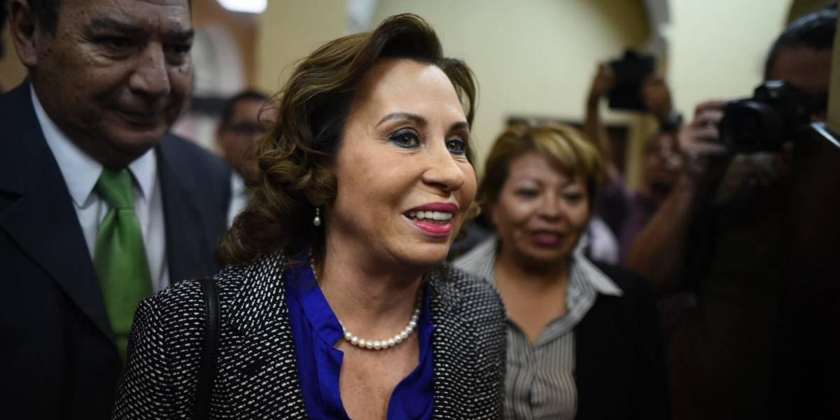 """Jueza se """"excusa"""" de continuar conociendo la denuncia de Sandra Torres contra fiscales"""