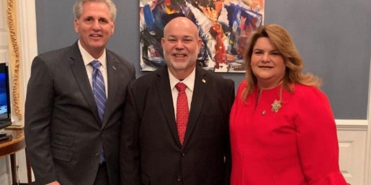 Johnny Méndez se reúne con congresistas