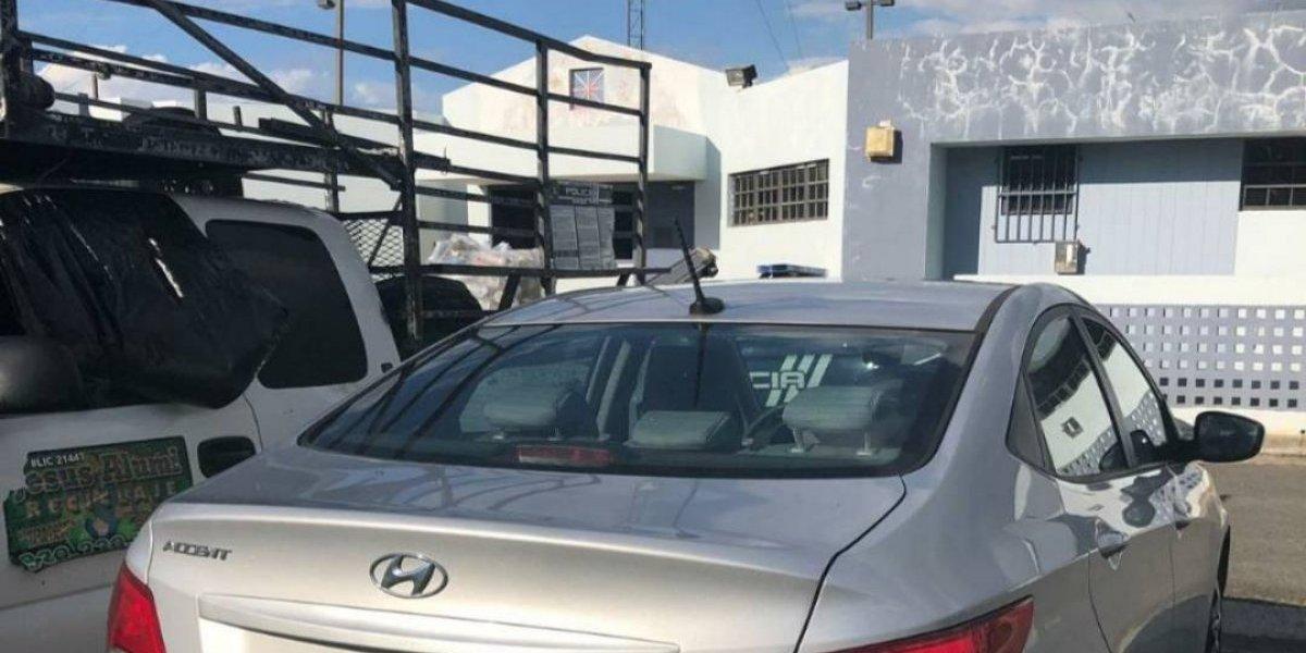 Arrestan hombre que alquiló carro en abril 2018 y no lo entregó