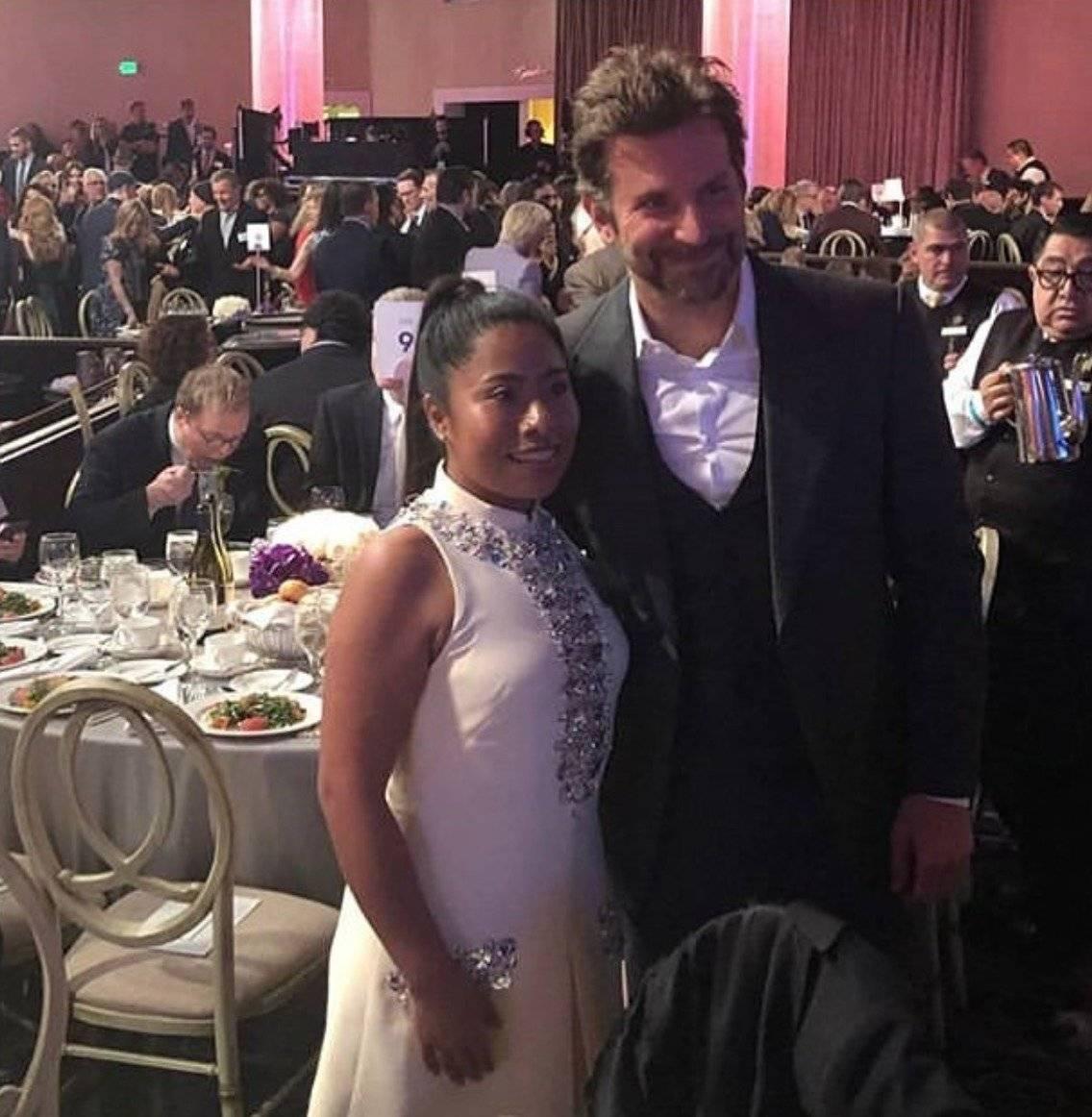 Yalitza Aparicio y Bradley Cooper