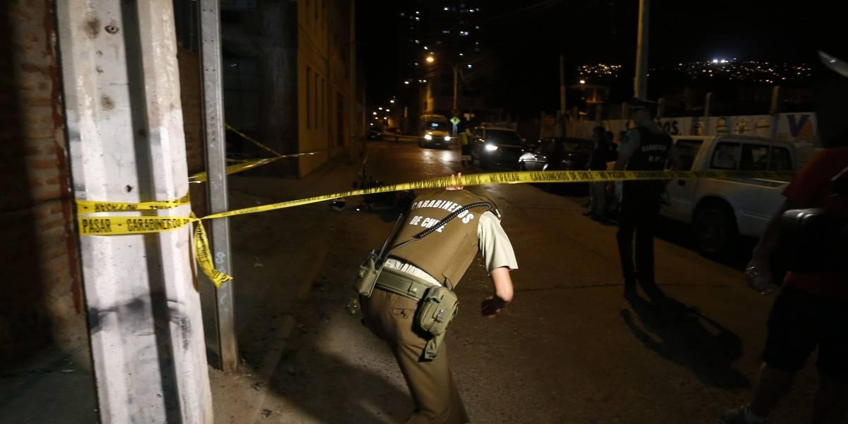 Carabineros encuentra a hombre con siete impactos de bala en Puente Alto