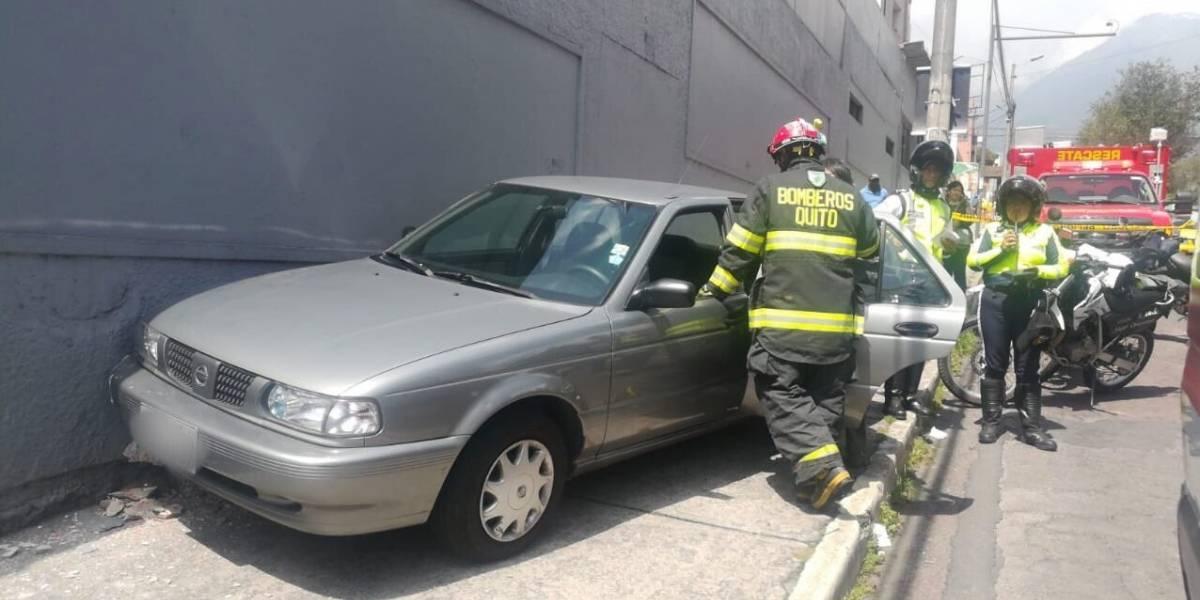 Quito: Un fallecido tras accidente en la avenida Mariana de Jesús y 10 de Agosto