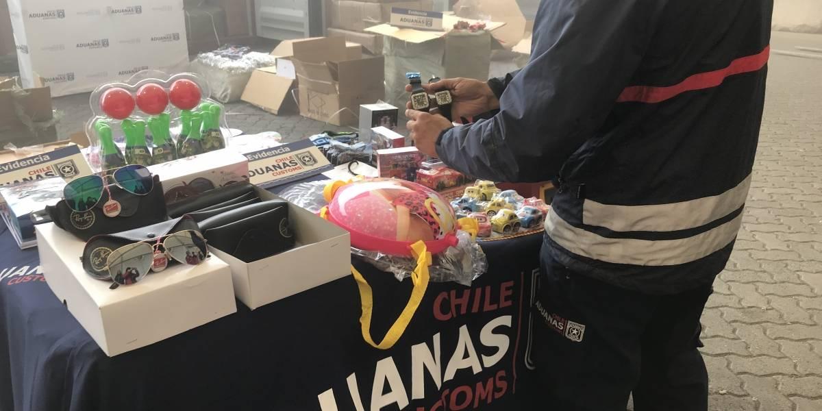 Valparaíso: descubren 3 contenedores con más de 460 mil productos chinos falsificados