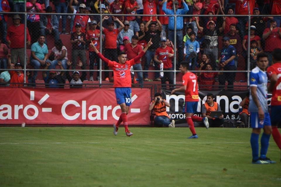 Othoniel Arce celebró su tercer gol en el Torneo Apertura 2019 con los rojos