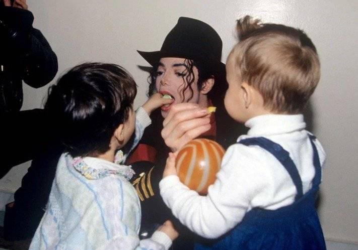Exempleada doméstica de Michael Jackson reveló que encontró vaselina y ropa interior de menores en la mansión del cantant