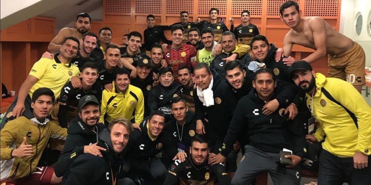 Baile y expulsión incluida: El show de Maradona tras ganar su primer partido del año con Dorados