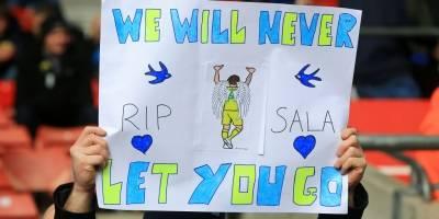 Detienen a dos aficionados por burlarse de la muerte de Emiliano Sala