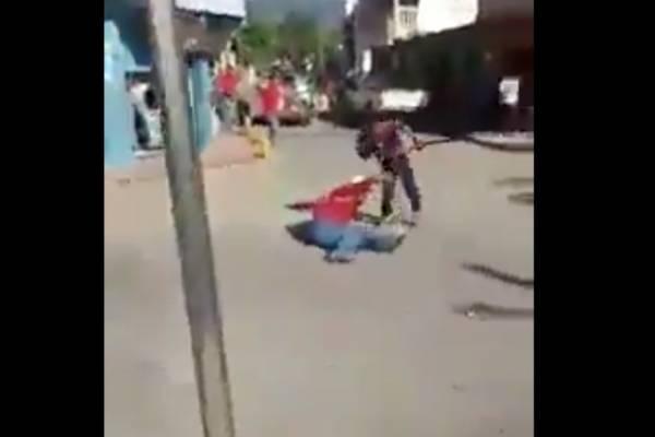 Padrastro e hijastro se machetean en Jocotán.
