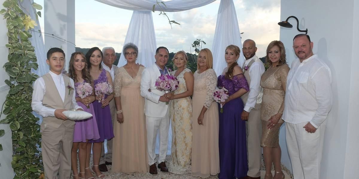 Se casa alcalde de Guánica