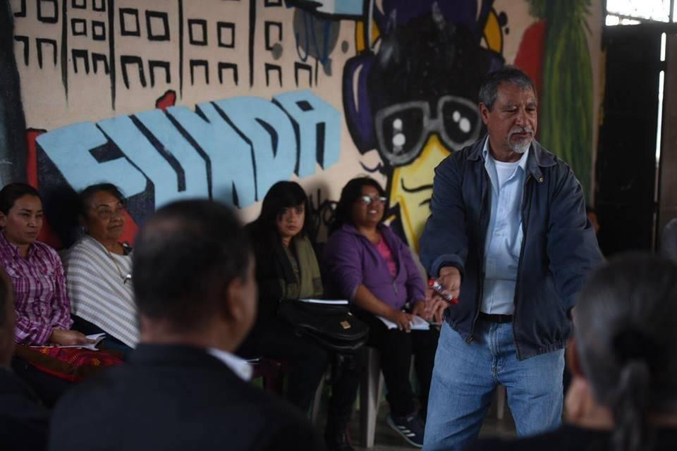 Convergencia capacita a sus precandidatos al Congreso. Foto: Edwin Bercián