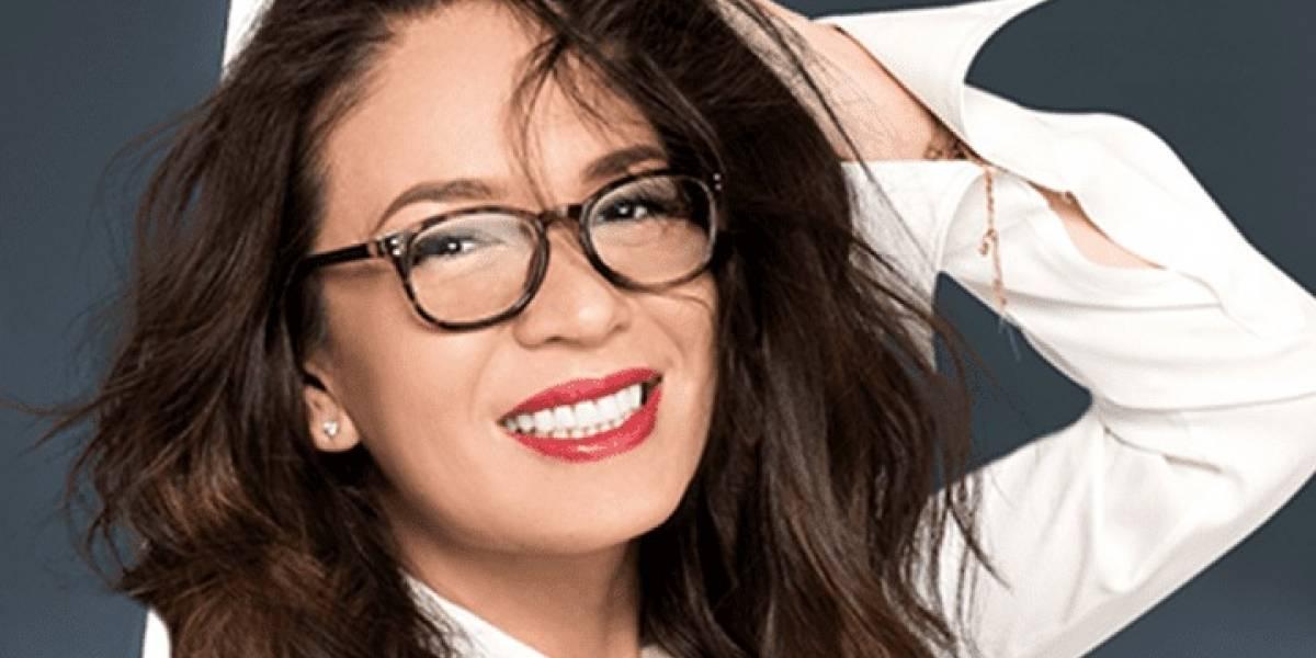 Yolanda Andrade manosea a Gomita en pleno programa