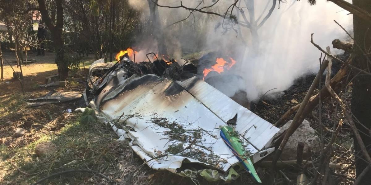 Se desploma avioneta en Atizapán; hay dos muertos