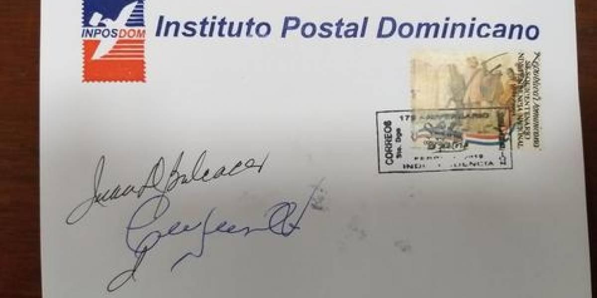 """INPOSDOM y Efemérides Patrias presentan matasellos conmemorativo al """"Mes de la Patria"""""""