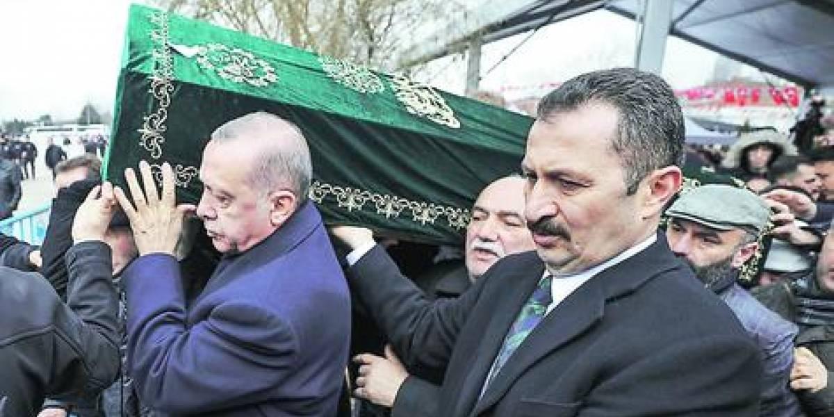 Derrumbe en Estambul: suben a 21 las víctimas