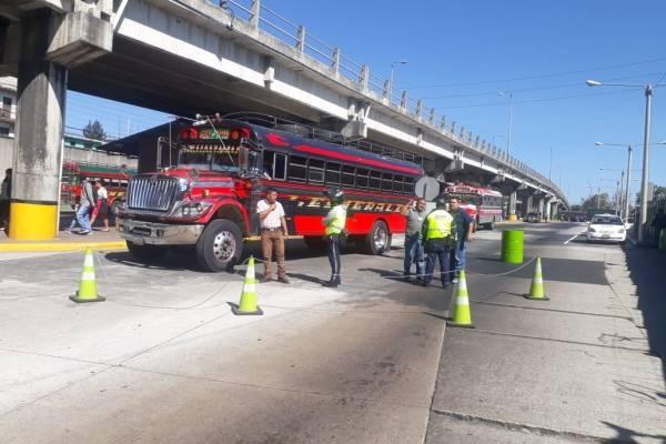 bloqueo de transportistas en Cenma