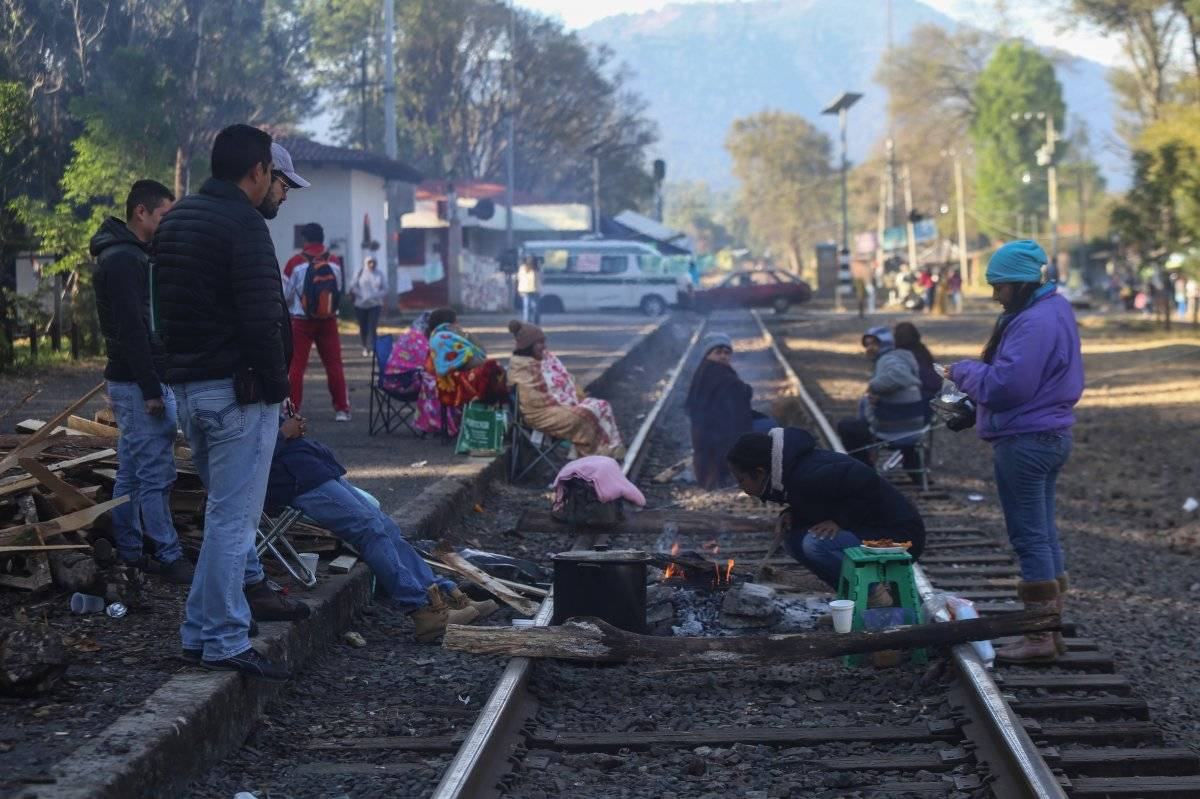 El bloqueo en las vías férreas de Michoacán lleva casi un mes. Foto: Cuartoscuro.