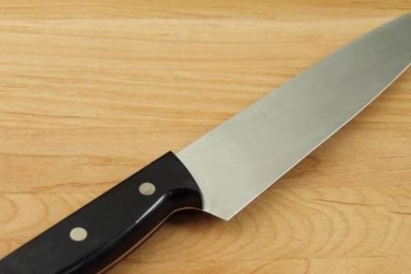 cuchillo, suicidio, asesinato