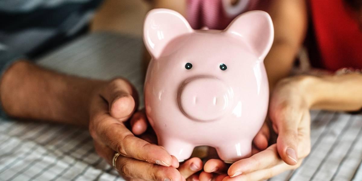 Filhos podem ser ensinados sobre finanças a partir da rotina doméstica dos pais