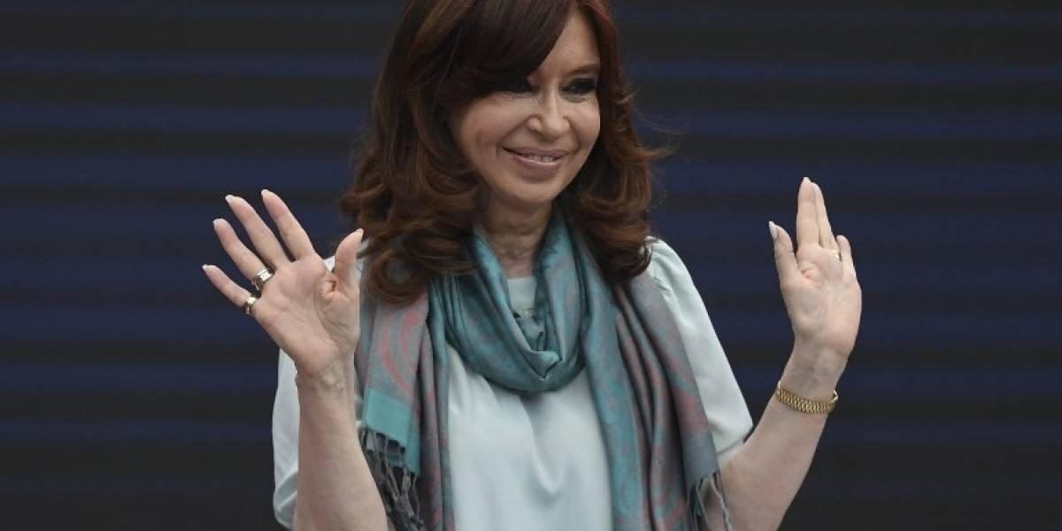 Cristina Fernández se sienta en banquillo judicial en año electoral