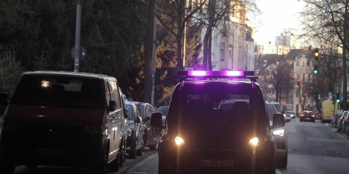 Luces y colores para comunicar autos con peatones
