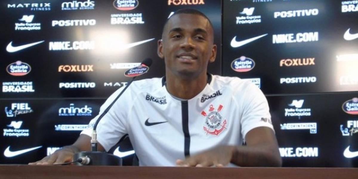 'Vamos parar de tomar gols em dois ou três jogos', promete corintiano Marllon