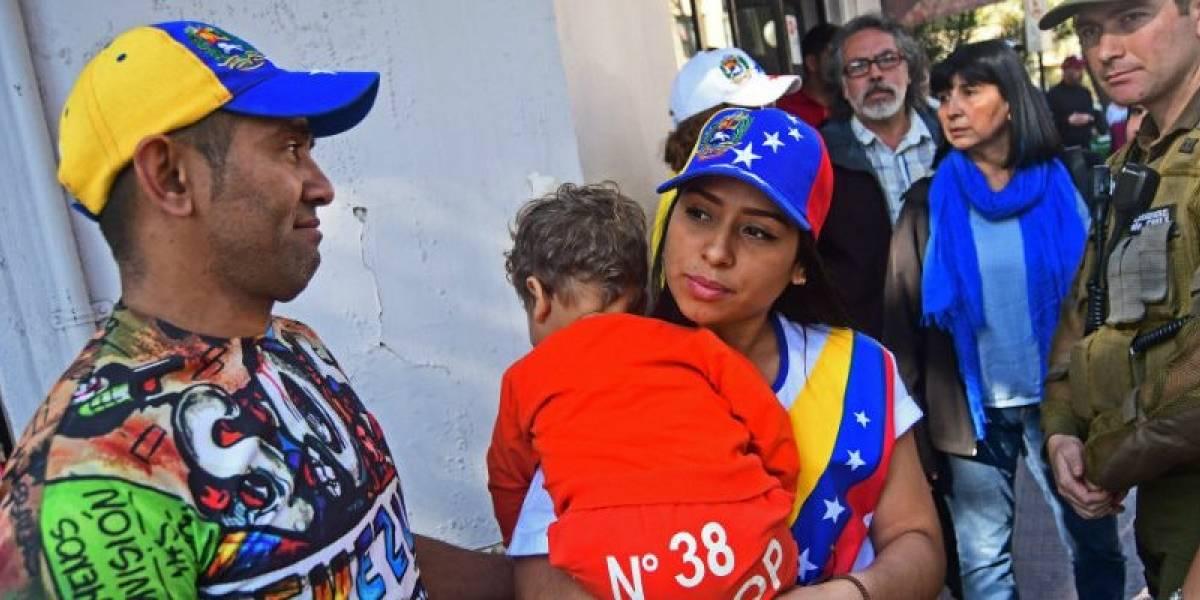 Aumentan cotizantes extranjeros en el sistema chileno de pensiones: venezolanos superan en 10 puntos a peruanos