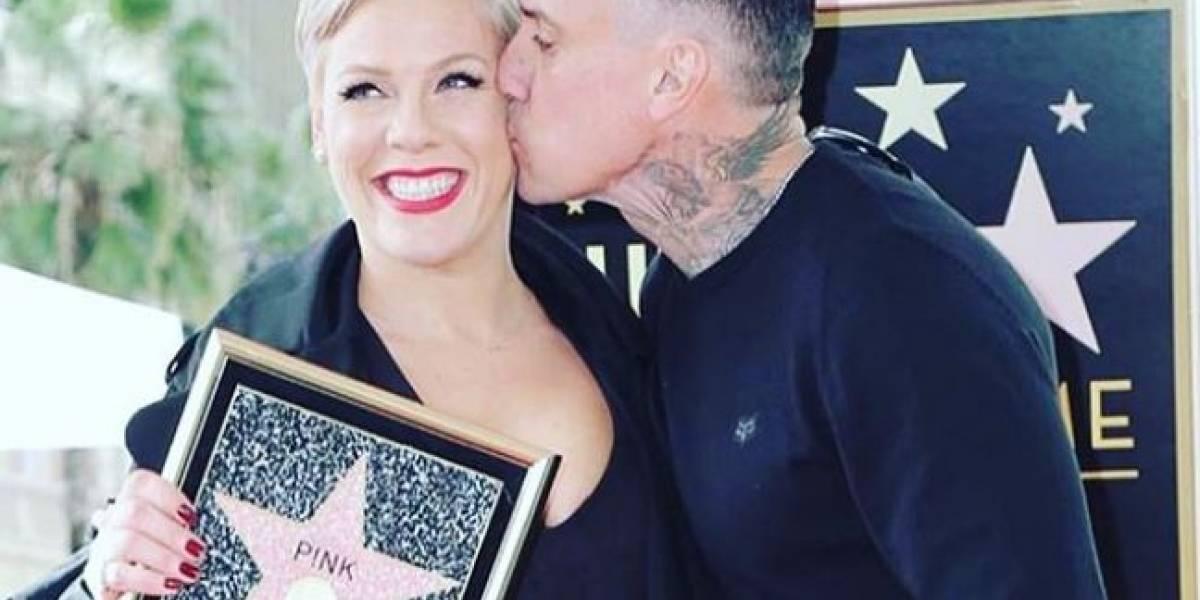 FOTO: Hijos de Pink le dieron un trofeo de papel aluminio luego de no ganarse un Grammy
