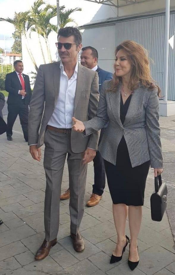 Leonardo García y Zury Ríos