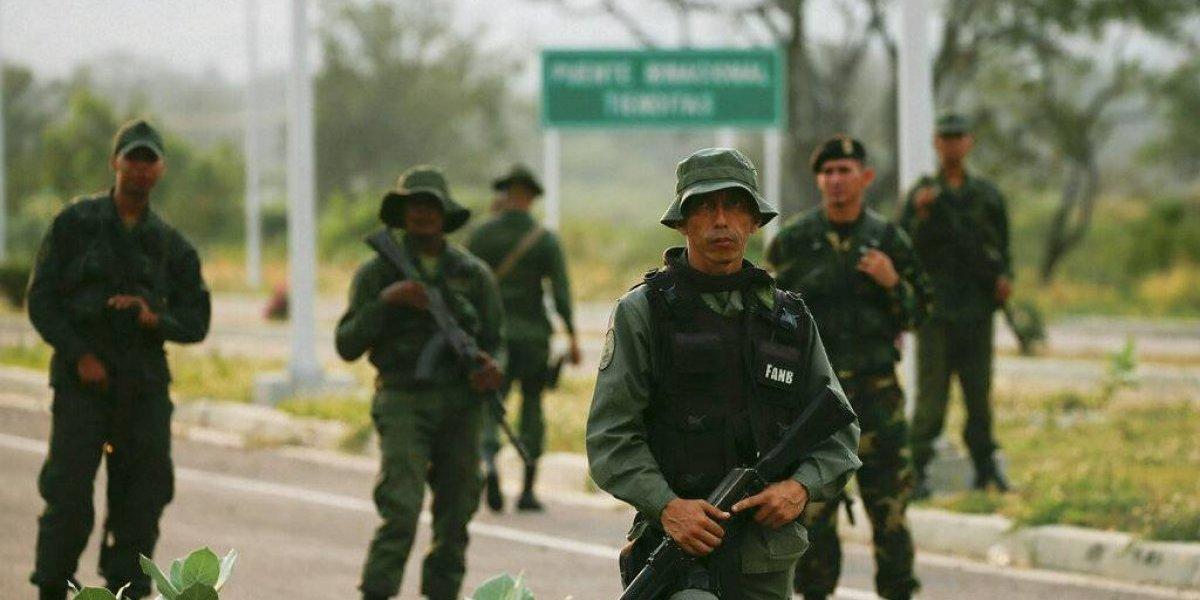 Oposición venezolana llama a protesta por ayuda humanitaria
